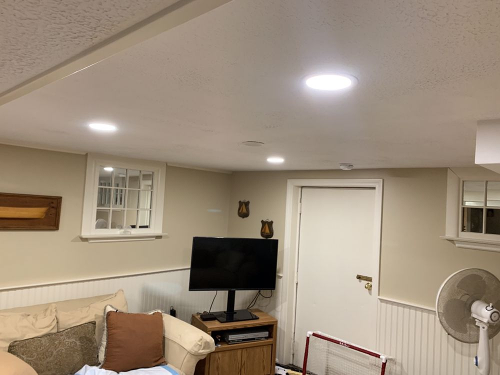 LED recessed lighting in living room