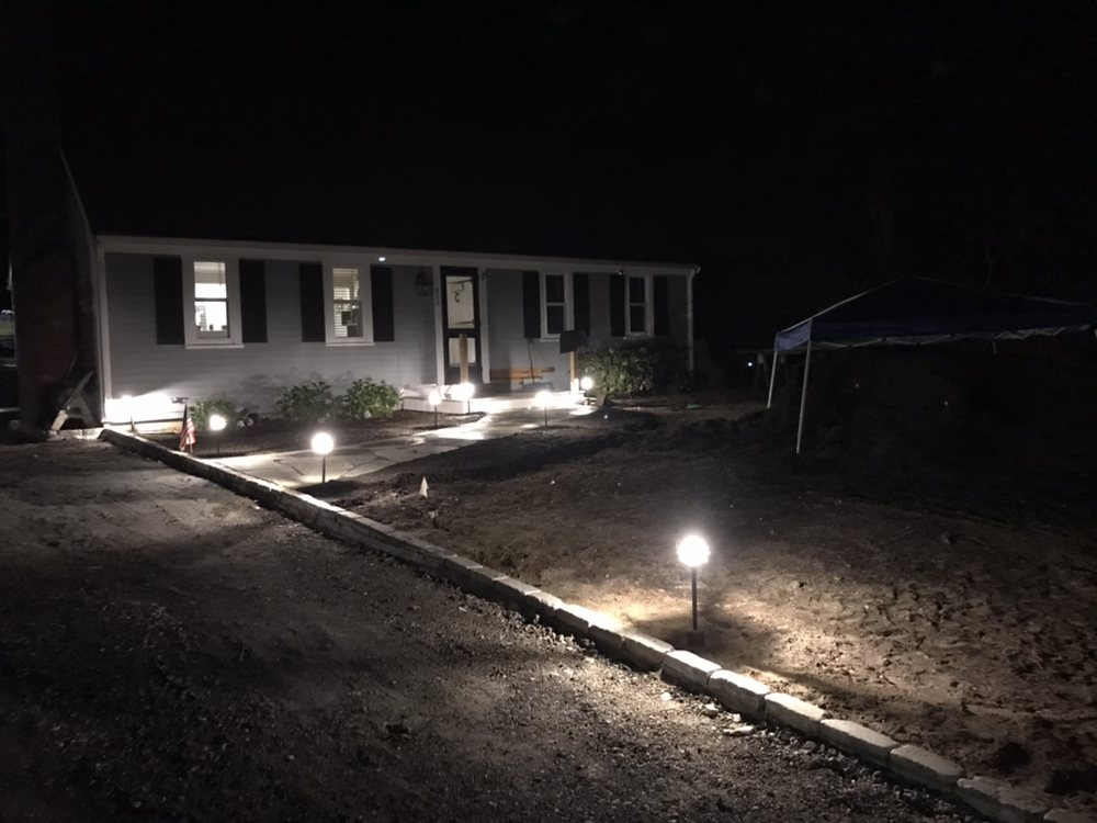 Driveway and landscape lighting